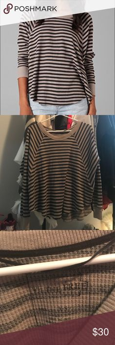 Free People Striped Love Bug Thermal GUC, see pictures. Slight piling. This is so comfortable and looks great on! Could fit a size small as well. Free People Tops