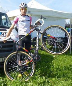 Clément Russo a le sourire avec son pédalier Rotor et ses Qrings #RotorFrance
