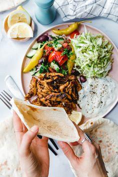 Bread Recipes, Vegan Recipes, Cosy Kitchen, Eat This, Vegan Bread, Food Inspiration, Ethnic Recipes, Summer, Vegane Rezepte