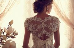 Anna Campbell 2013 Gossamer Collection - Part 1 - Belle the Magazine . The Wedding Blog For The Sophisticated Bride