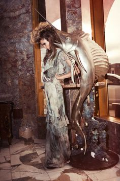 Ed.  Cara – The Journal #32  Fotografía:  Hugh Lippe   Modelo:  Cara Delevingne   Styling:  Joanne Blades