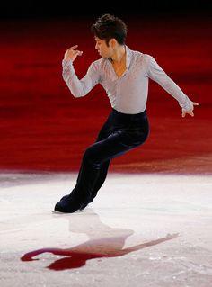 浅田真央、のびのび「スマイル」 フィギュアスケート・エキシビション【画像集】