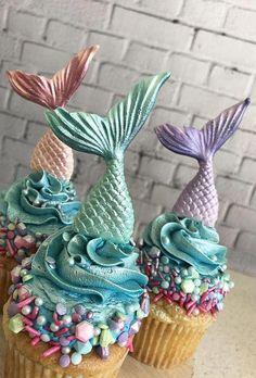 Mermaid Party Mermaid Tail Cupcake Topper Mermaid Birthday mermaidcake Mermaid P… - Torten Rezepte Mermaid Birthday Cakes, Little Mermaid Birthday, Little Mermaid Parties, The Little Mermaid, Mermaid Cupcake Toppers, Mermaid Cupcakes, Edible Cupcake Toppers, Cupcakes Cool, Fondant Cupcakes