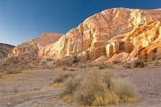 Mojave Desert , I have seen some beautiful scenery whilst living & travelling in this beautiful place . . .