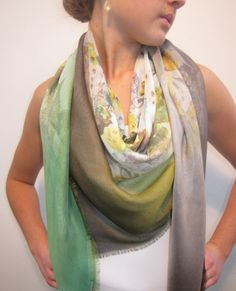 Gauze silk large square green