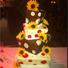 Polka dot wedding cake--have bigger, different size orange polka dots