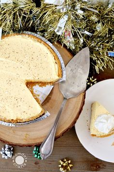 No Bake Eggnog Cheesecake Recipe, a delicious and creamy no oven delight perfect for your holiday dessert tables, Eggnog Cheesecake for the WIN!