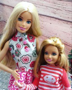 Barbie Family, Fascinator, Barbie Dolls, High Neck Dress, Dresses, Fashion, Turtleneck Dress, Vestidos, Moda