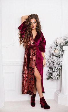 Бордовое платье-халат