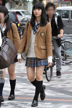 School Girl Japan, Japanese School Uniform Girl, School Girl Outfit, School Uniform Girls, Girls Uniforms, Japan Girl, Girl Outfits, School Uniforms, Preety Girls