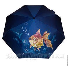 Little fish umbrella - so cute Umbrella Painting, Umbrella Art, Under My Umbrella, Cute Umbrellas, Umbrellas Parasols, Brollies, Singing In The Rain, Little Fish, Animal Cards