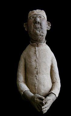 Sculpture de Sophie Favre by Martin Le Roy Sculptures Céramiques, Art Sculpture, Ceramic Figures, Ceramic Art, 3d Figures, Figurative Art, Oeuvre D'art, Creative Art, Statues
