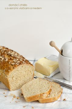 domácí chléb s ovesnými vločkami a medem { předsevzetí 2014: každý měsíc chleba } Penne, Banana Bread, Cheesecake, Toast, Recipes, Food, Kitchens, Cheese Cakes, Eten