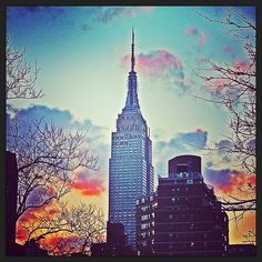 Life is all about enjoying every sunset and looking forward to the next sunrise. #NYC #EmpireState