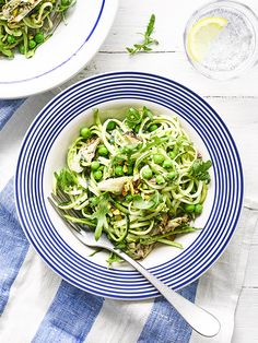 This recipe for courgetti, pea and artichoke salad with pistachio pesto is vegan, low calorie, gluten free and ready in just 20 minutes.