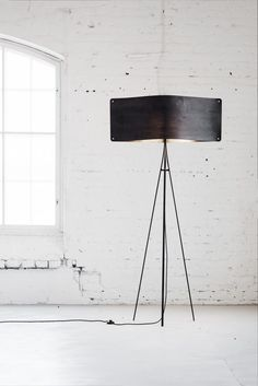 Finomlights®Vesmanen_Wide_floor_large_Black_SFLB_photo_Pekka Kiirala_D3X4444-Edit-2 kopio