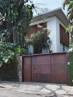 The Elegance of Brazil's Itiquira House