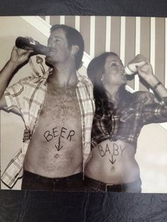 Pregnancy Announcements - I can see me   doing this haha.