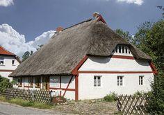 Kultur und Cappucino im Helene-Weigel-Haus - Insel Rügen | Das Online-Magazin der Insel Rügen.