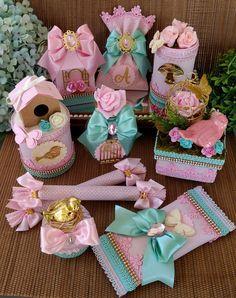 Kit Jardim Encantado Luxo 1 no Elo7 | Gislaine Rabello (DF58D5) Baby Girl Birthday Theme, Twin First Birthday, Birthday Party Themes, Tinkerbell Party Theme, Cinderella Birthday, Bird Party, Diy Gift Box, Girl Themes, Ideas Para Fiestas