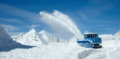 Schneeräumung mit Rotationspflug. ©Großglockner Mount Everest, Snow, Mountains, Nature, Travel, Naturaleza, Viajes, Destinations, Traveling