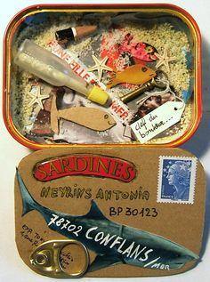 au 2ème atelier on va fabriquer des lettres avec des boîtes à sardines...