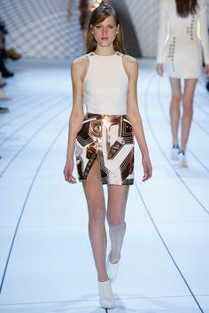 Mugler Fall 2015 Ready-to-Wear Collection Photos - Vogue