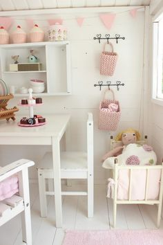 Ever since, any children's play house in England has been called a Wendy house. Shabby Chic Interiors, Shabby Chic Living Room, Shabby Chic Bedrooms, Shabby Chic Furniture, House Interiors, Cubby Houses, Play Houses, Big Houses, Cubbies
