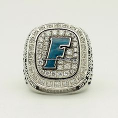 2014 Florida Gators Softball Team NCAA Women's College World Series Championship Ring Florida Gators Softball, College World Series, Championship Rings, Best Gifts, Rings For Men, Bling, Fans, Jewelry, Sports