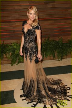 Kate Hudson Changes Into New Dress For Vanity Fair Oscars Party 2014 | 2014 Oscars, Kate Hudson Photos | Just Jared