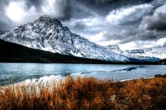 Alberta – Still The Best Place To Live in Canada Best Places To Live, Mount Rainier, The Good Place, Canada, Good Things, Mountains, City, Travel, Jigsaw Puzzles