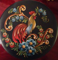 Billedresultat for scandinavian folklore furniture Tole Decorative Paintings, Tole Painting Patterns, Chicken Painting, Chicken Art, Arte Country, Pintura Country, Folk Art Flowers, Flower Art, Pinterest Pinturas