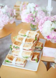Mesa festa 2 - sanduíches