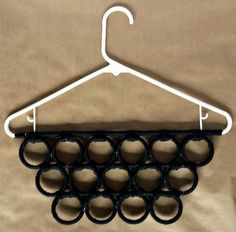Did you have ANY IDEA you could do this with a hanger? Wowza!