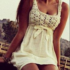 adorable summer dress. ♡ Follow me ! I love making new Pinterest buddies .  I have really amazing boards. †