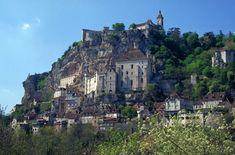 Rocadamour, France                                            Google Image Result for http://www.parc-causses-du-quercy.fr/var/plain/storage/images/habiter/les_97_communes_du_parc/rocamadour/6543-7-fre-FR/rocamadour.jpg