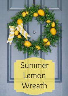 Summer Lemon Wreath, so fresh and pretty! www.adiamondinthestuff.com