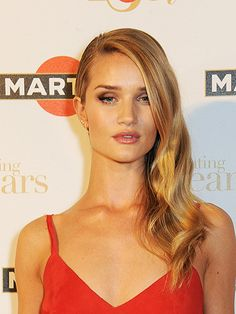 We've fallen for Rosie Huntington-Whiteley's smokin' hot hair at the #Martini150 party