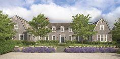 Front facade. Lovely landscape. Nantucket, Massachusetts | Ferguson & Shamamian