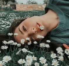 How are you guys? By ✨ fotografia Kreative Portraits, Photographie Portrait Inspiration, Vsco Photography Inspiration, Photography Ideas, Insta Photo Ideas, Tumblr Girls, Creative Photography, Amazing Photography, Hipster Photography
