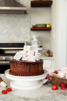 Dove Hot Chocolate Cake with Peppermint Marshmallows – Joy the Baker #BrownieCake Dove Chocolate, Melting Chocolate, Chocolate Cake, Chocolate Recipes, 9 Inch Cake Pan, Joy The Baker, Brownie Cake, Brownie Cookies, Brownies