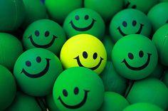 Beneficios de la risa: quema calorías, hace sentirnos mucho más optimistas y favorece las relaciones interpersonales y el funcionamiento cardíaco. Mira: