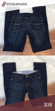 "GAP Real Straight Denim Jeans Real Straight Cut - Dark Wash - Size 25/0P Inseam 29"" - Excellent Like New Condition - Offers Welcomed GAP Jeans"