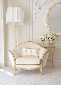 Luxury Furniture, Furniture Design, Living Room Decor, Bedroom Decor, Living Rooms, Home Decor Catalogs, French Decor, Beautiful Interiors, Beautiful Bedrooms