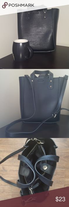 Bag Bucket styled zara black bag. Fits I pad air, with additional removable bag inside Zara Bags Shoulder Bags