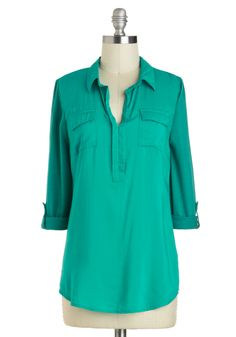 School's Haute Top: Look sharp both in the classroom and out in this soft teal top! Featuring the tailored inspiration of classic Oxfords this bright blue shirt also packs a bit … 1960s Fashion, Fat Fashion, Vintage Shorts, White Shirts, Modcloth, Blouses For Women, Plus Size Fashion, Tunic Tops, My Style