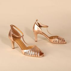 JOELLE Rosegold | Emma Go My Emma, Long Toes, T Strap, Your Shoes, Spring Summer, Rose Gold, Heels, Leather, Shoes Heels