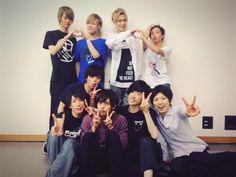 埋め込み画像への固定リンク Boy Idols, Japanese Boy, Crushes, Graphic Sweatshirt, Dance, Sweatshirts, Boys, Fashion, Te Amo
