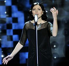 Singer Anna Maria Espinosa wearing the Bermuda - Carolyn Cascio necklace by Anna Tascha in the Swedish Eurovision Song Contest