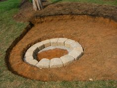Creatively Luxurious DIY Fire Pit Project Here to Enhance Your Backyard in 15 St. Creatively Luxurious DIY Fire Pit Project Here to Enhance Your Backyard in 15 Steps Cre Fire Pit Base, Easy Fire Pit, Fire Pit Ring, Fire Pits, Fireplace Set, Backyard Fireplace, Outdoor Fireplaces, Backyard Seating, Fire Pit Backyard